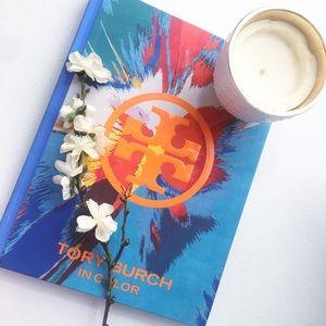 🖤TORY BURCH BOOK